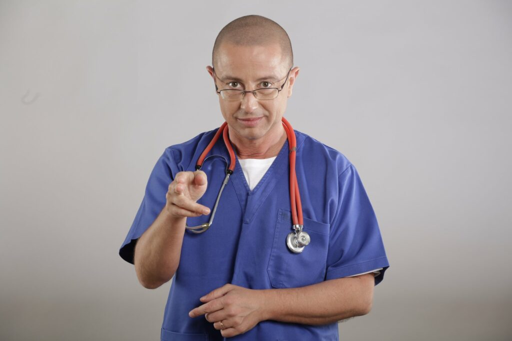 Un medic celebru trage semnalul de alarma: Lipsa educatiei pentru sanatate poate fi letala. Toti ar trebui sa stim sa facem asta
