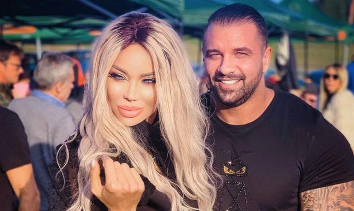 Bianca Drăgușanu a semnat zilele trecute despărțirea de Alex Bodi. Acum, vedeta a ajuns la secția de poliție