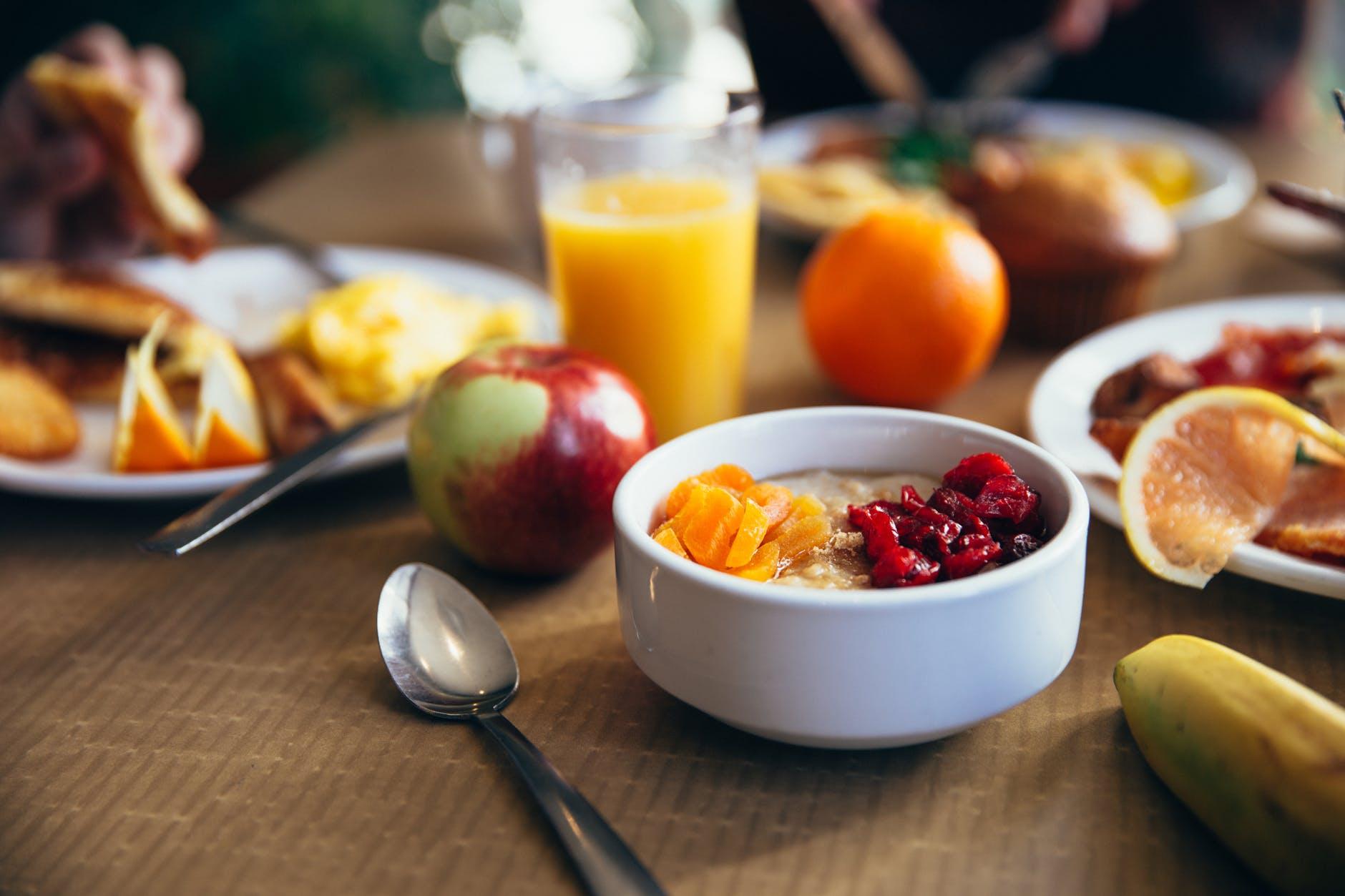 Alimentele pe care trebuie sa le eviti dimineata! Nu le consuma pe stomacul gol