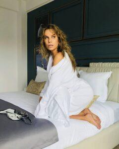 Anna Lesko, imagine de infarct! Cum s-a fotografiat in plina pandemie