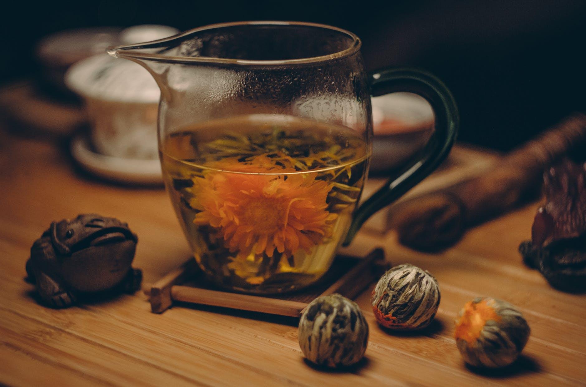 Nu arunca niciodată ceaiul din ceașcă! Acestea sunt trucurile bine păstrate ale japonezilor