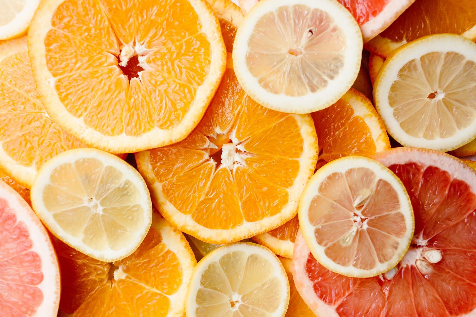Aceste alimente sunt mai bogate în vitamina C decât portocalele. Lista care îți va fi de mare folos!