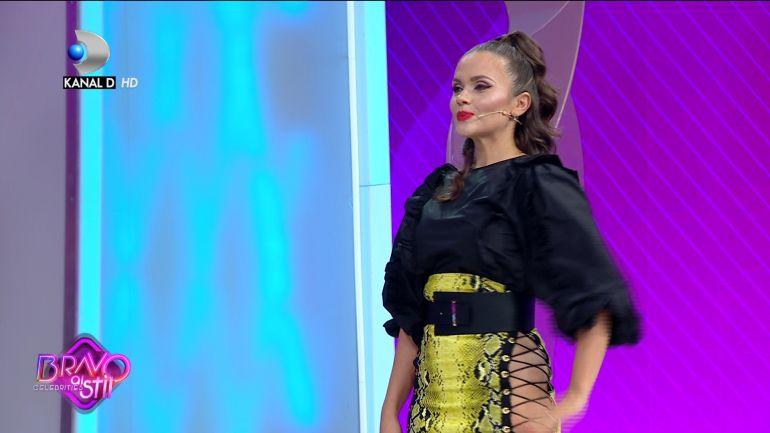 """Cristina Șișcanu, fără lenjerie intimă la """"Bravo, ai stil!"""""""