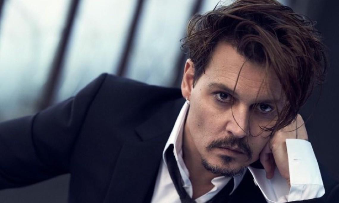 Cum arata fiul lui Johnny Depp. A fost surprins intr-o ipostaza rara!