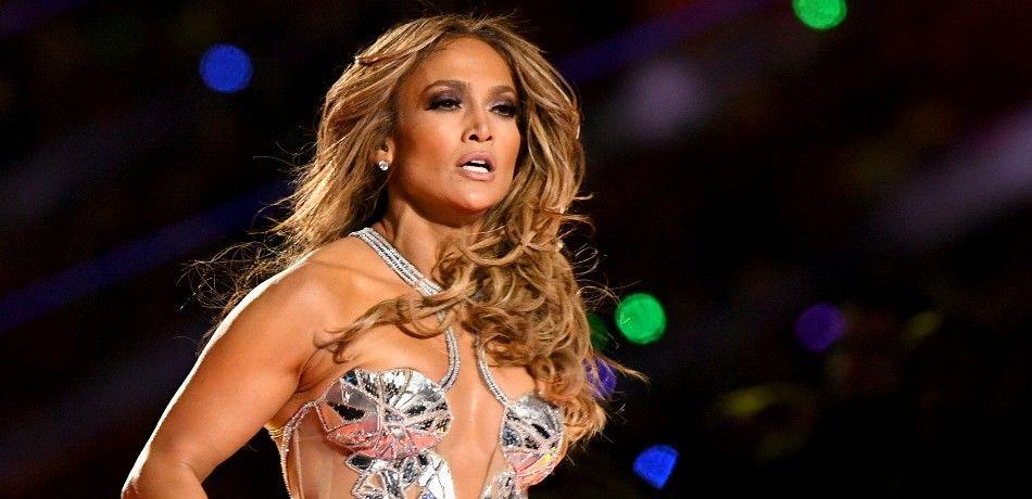 Așa mamă, așa fiică! Cum poate arăta mama lui Jennifer Lopez. Au descoperit cumva elixirul tinereții?