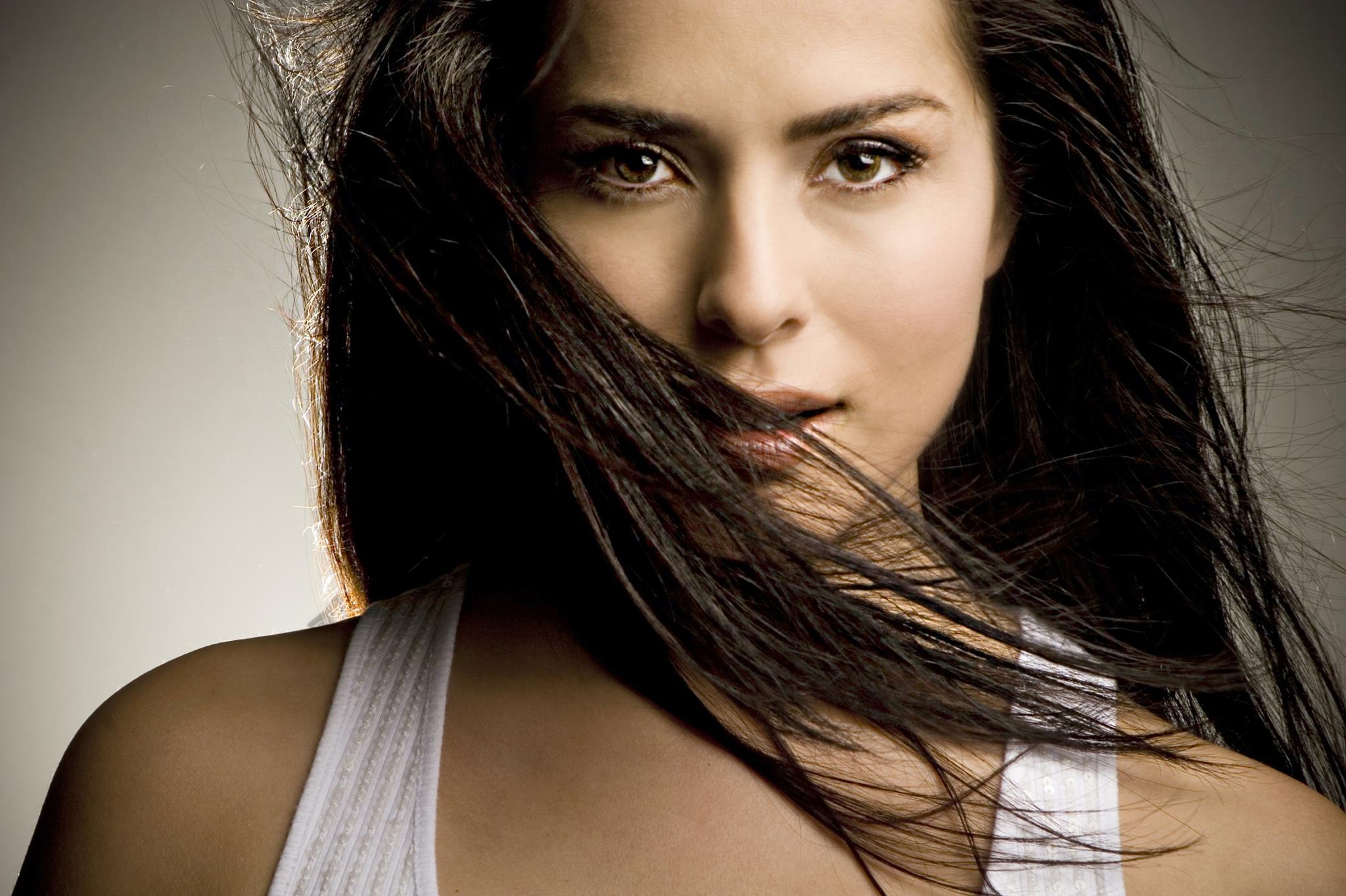 Actriță celebră de telenovele, hărțuită de vecini pentru că e infectată cu coronavirus