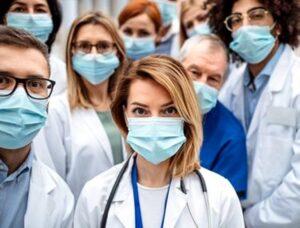 """Apelul disperat al medicilor: """"Este necesară pentru cei infectaţi cu SARS-CoV-2"""""""