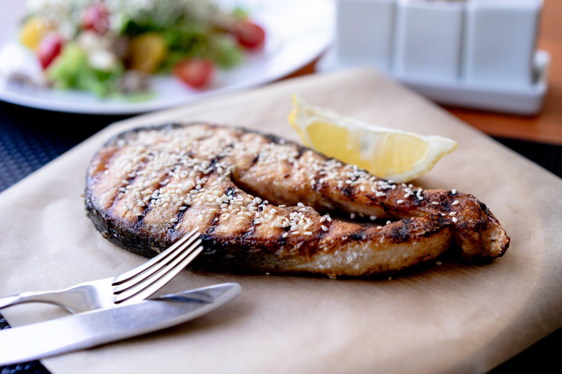 Ce fel de pește ar trebui să cumpărăm. Nutriționist: Sănătatea și silueta ar avea de câștigat!