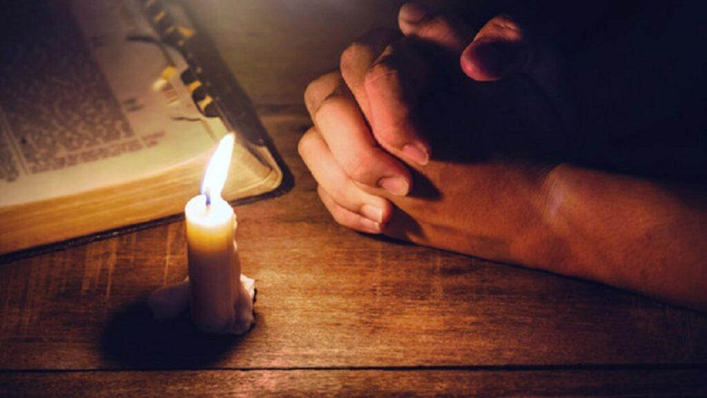 Rugăciunea pe care trebuie să o rostești în fiecare zi. Este puternică și are efect imediat!