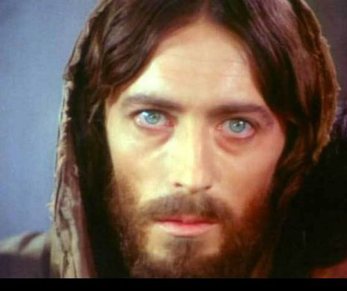 Cum arata actorul care l-a interpretat pe Iisus din Nazaret! Schimbare radicala dupa 43 de ani