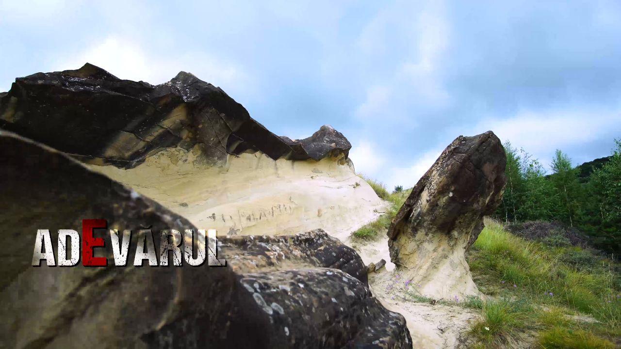 Imagini inexplicabile! Fulgere inversate și alte ciudațenii se petrec în munții Buzăului