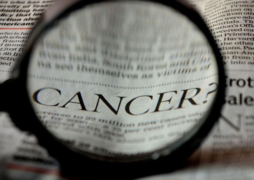 15 mituri despre cancer, demontate de un medic celebru: Să nu cădeți în astfel de capcane!