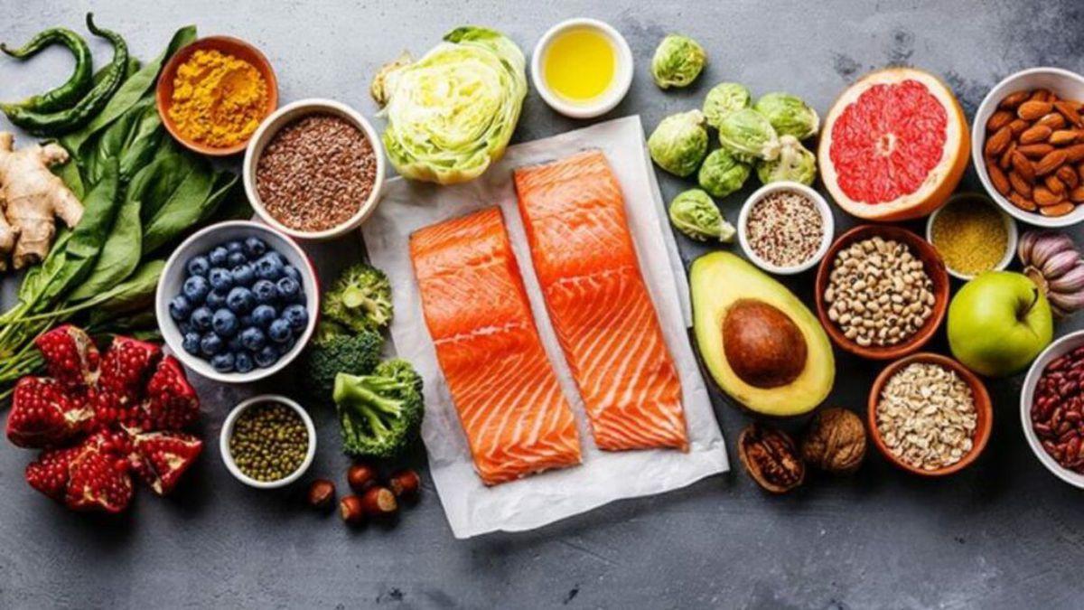 Dieta care iti permite sa mananci ce vrei! Trucuri inedite, dezvaluite de un doctor celebru