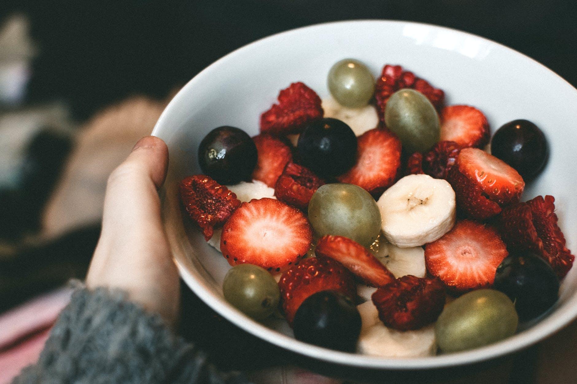 Fructe interzise in DIETA! Medic celebru: