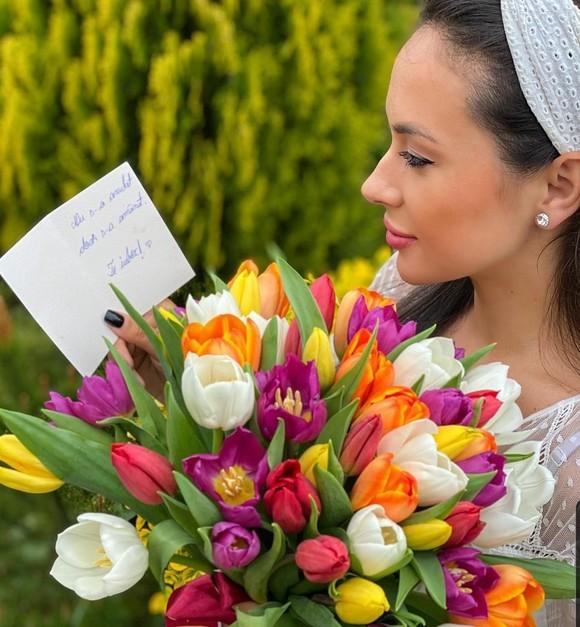 """Vlăduța Lupău și-a anulat nunta! """"În rochie albă de mireasă... așa trebuia sa fie ziua de azi"""
