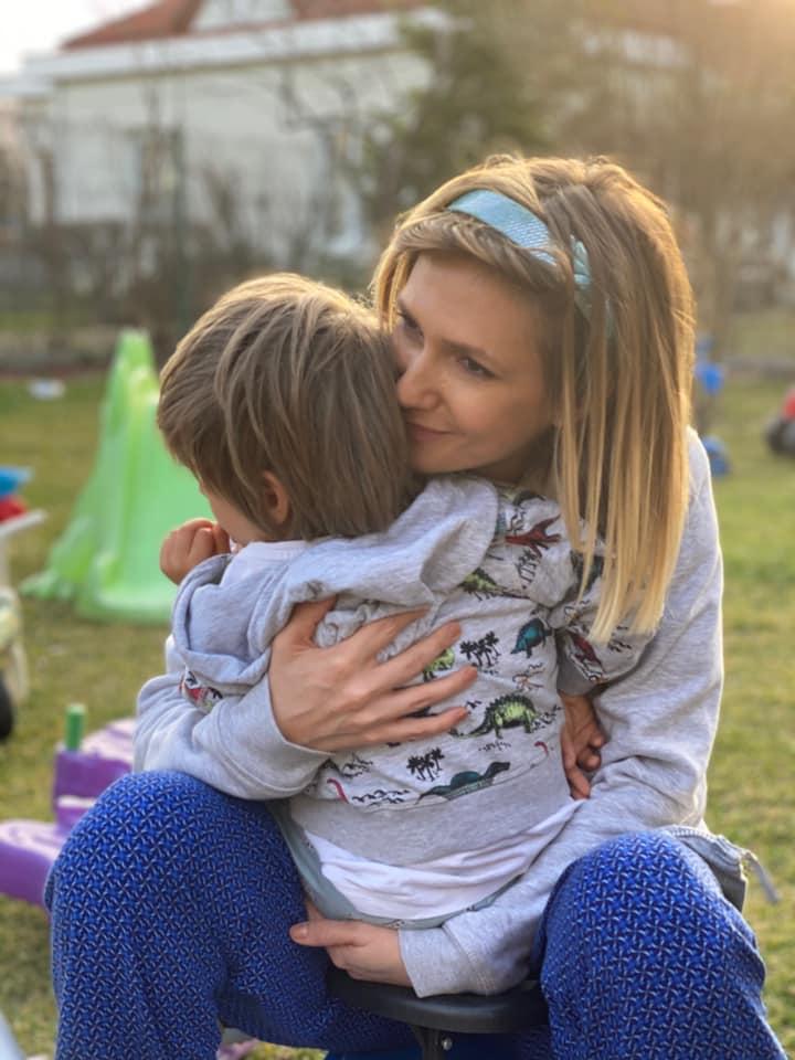 """Cel mai frumos cadou! Adela Popescu, emoții mari. """"Ești o minune de băiețel!"""""""