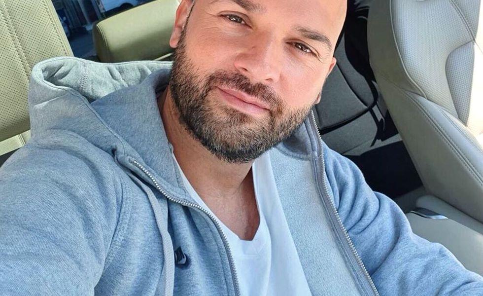 Sotia lui Andrei Stefanescu a explodat: Va lamuresc eu de ce si-a pupat copilul!