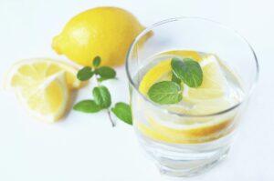 Ce se întâmplă dacă mănânci coajă de lămâie zilnic! Beneficii miraculoase pentru organism