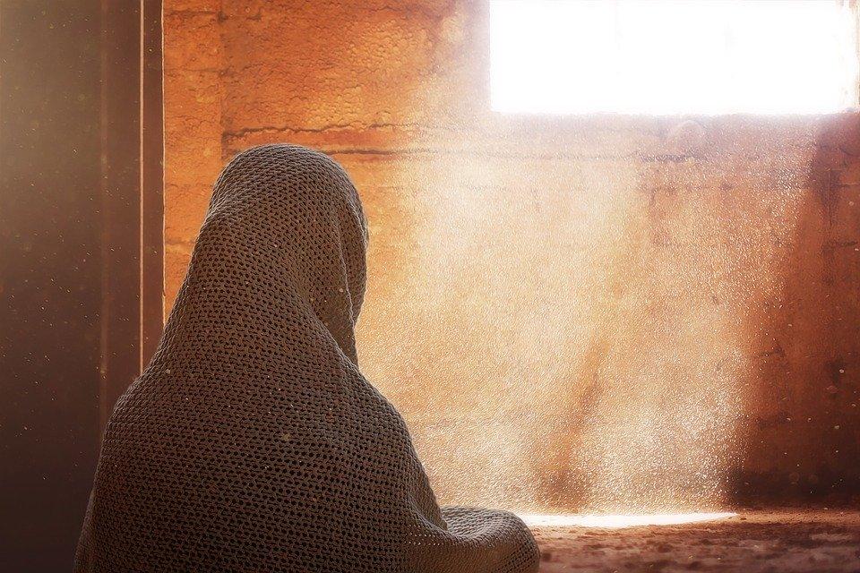 Cum fac amor arabii! De ce femeile sunt inca privite drept inferioare?