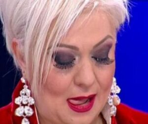 Scandal in emisiunea lui Mihai Gadea. Monica Anghel: Te comporti ca o hiena? Ca un rechin?