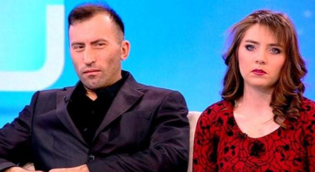 """Connect-R i-a luat în vizor pe Viorel și Vulpița. """"Cum a ajuns televiziunea să promoveze aşa ceva?"""""""