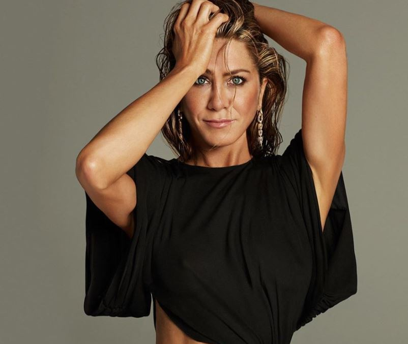 Secretele de frumusete ale lui Jennifer Aniston. Cum reuseste sa arate impecabil la 51 de ani!