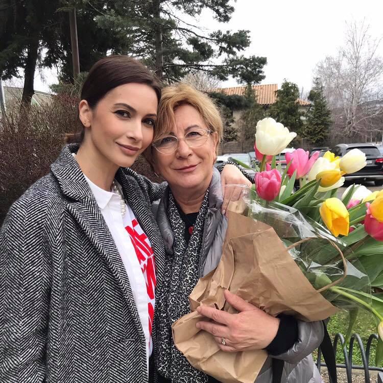 """Andreea Berecleanu, declarație de dragoste. """"Are raspunsuri acolo unde totul pare imposibil"""""""