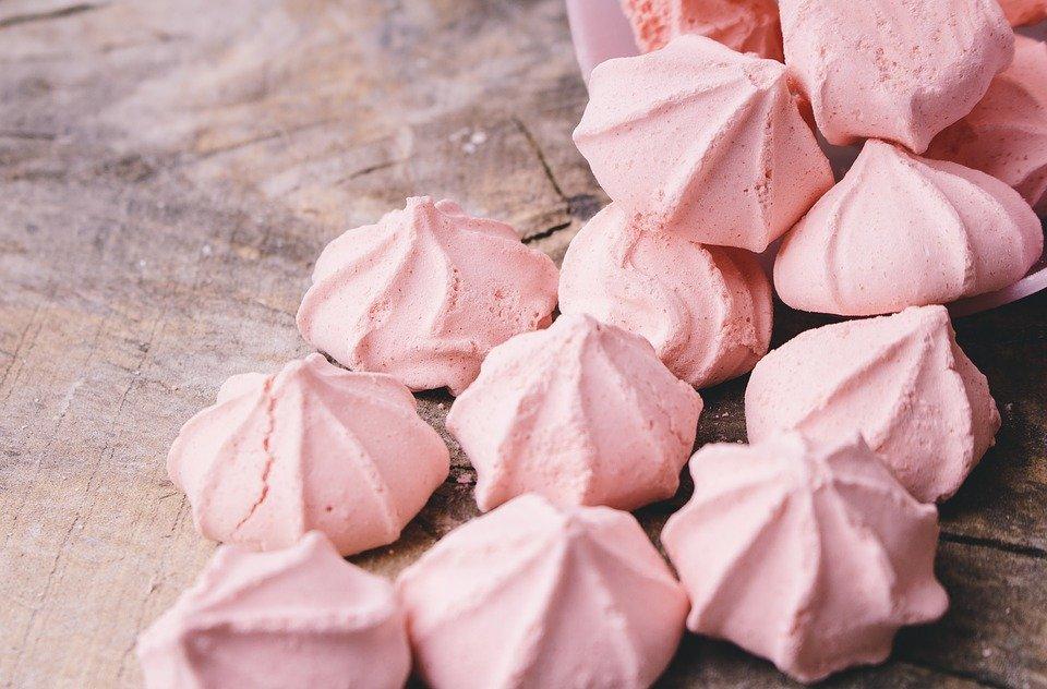 Cum faci cele mai delicioase bezele. Ti se topesc in gura!