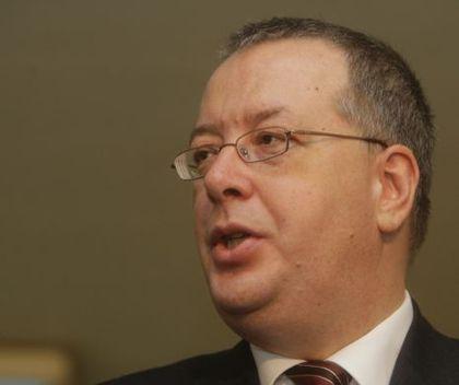 Bogdan Chirieac, analist politic:  El este SINGURUL care se poate ocupa de Guvern