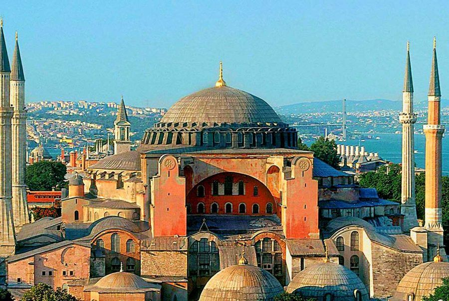 Catedrala Sfânta Sofia nu mai este muzeu. Recep Erdogan I-A PUS CRUCE! AMIN