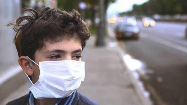 Tot mai mulți copii se îmbolnăvesc, deși stau acasă. Dr. Mihai Craiu: Mesajul este unul de responsabilizare