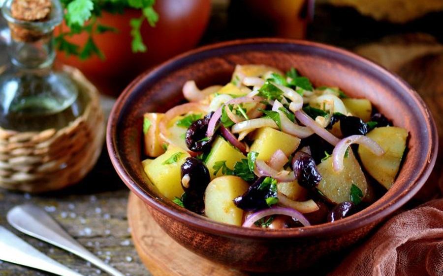 Rețetă ușoară și simplă de post. Salata orientală
