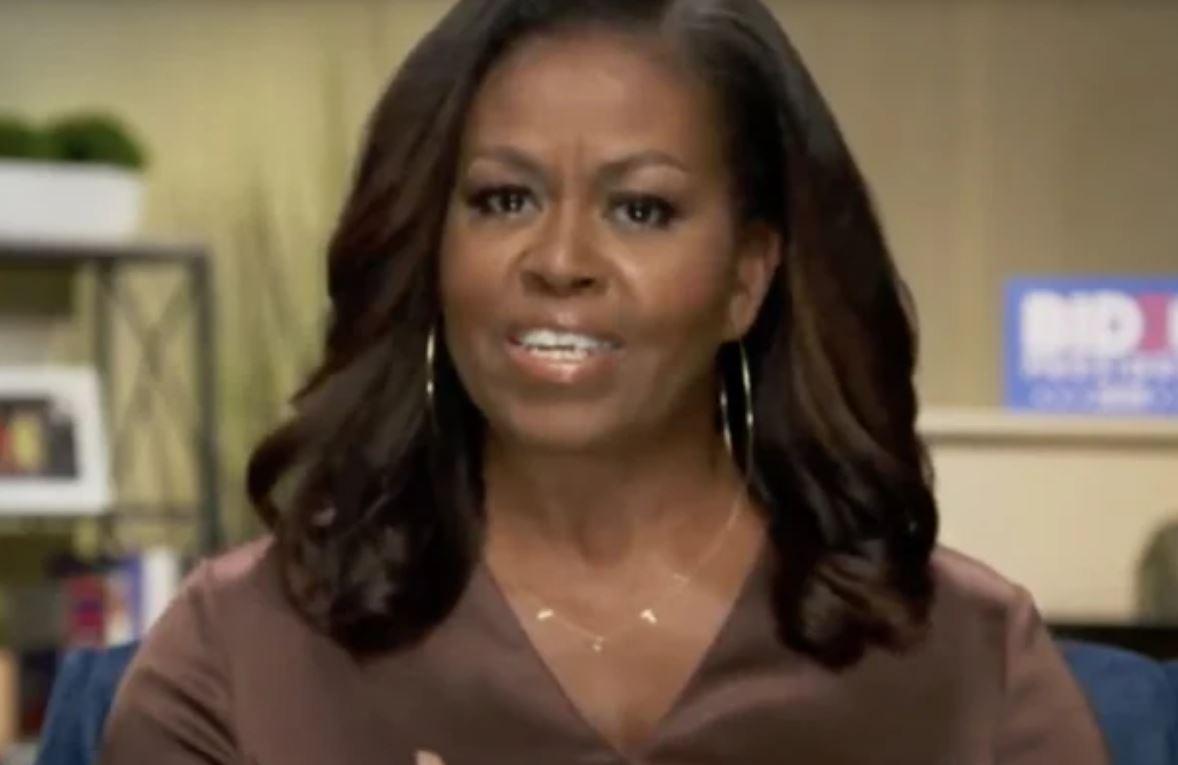Colierul purtat de Michelle Obama dorit de mii de persoane. Ce valoare are bijuteria?