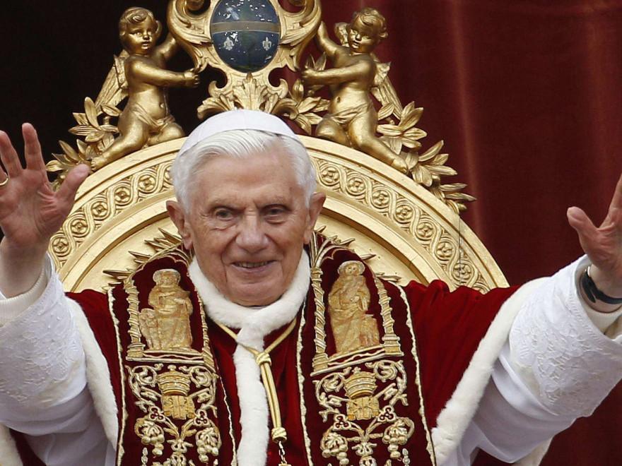 Vatican în alertă! Papa Benedict al XVI-lea în stare gravă