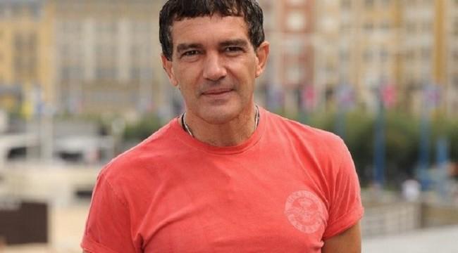 Testat pozitiv cu COVID-19. Antonio Banderas a împlinit 60 de ani în izolare!