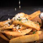 Un nutritionist celebru spulbera toate miturile: Poti sa mananci cati cartofi vrei!