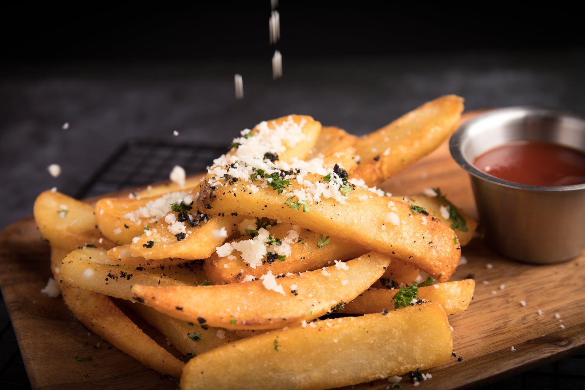 Ce se întâmplă în corpul dacă mănânci zilnic cartofi prăjiți. Consecințe nebănuite asupra sănătății!