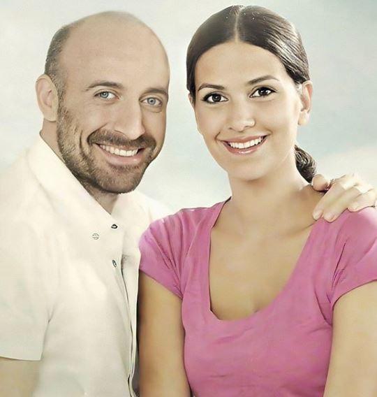 Au sărbătorit 11 ani de căsnicie! Berguzar Korel şi Halit Ergenc, cel mai celebru cuplu turc