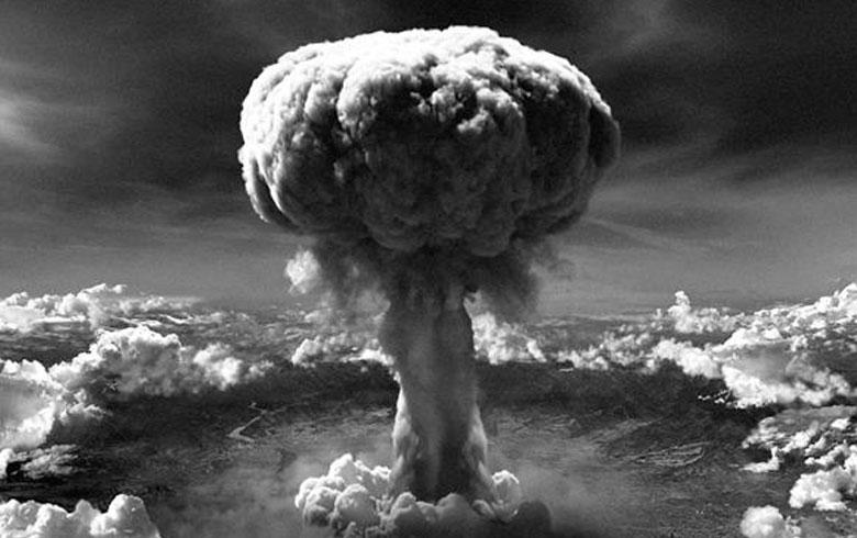 Japonia se reculege. 75 de ani de la atacul nuclear de la Hiroshima