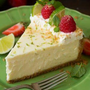 Rețetă simplă și delicioasă: Cheesecake cu lime, fară coacere! Rețeta este folosită de marii cofetari