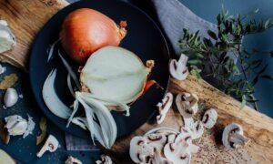 De ce este indicat să mâncăm ceapă. Lucrurile pe care nu le știm despre leguma care ne face să plângem