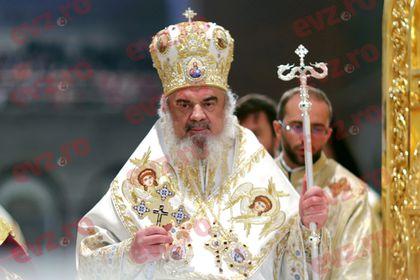 Cati bani incaseaza lunar Patriarhul Daniel! Presedintele poate fi invidios