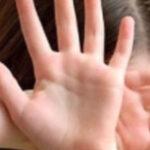 Caz terifiant în România! Un nou abuz asupra unei minore. Tatăl copilei este acuzat de fapte oribile