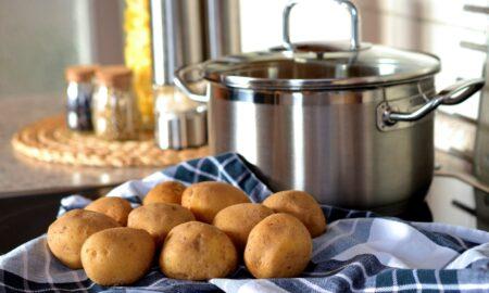 Alimente pe care nu trebuie să le păstrați niciodată la congelator. Mulți oameni fac greșeala ASTA!