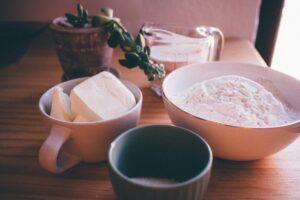 Alimente pe care nutriționiștii le evită! Sunt pline de substanțe chimice