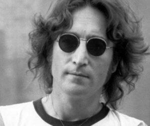 Asasinul lui Lennon rupe tăcerea! Adevăratul motiv al CRIMEI: Nu am nicio scuză...