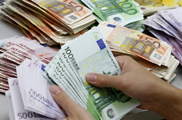 Salariile parlamentarilor vs salariile unui român de rând