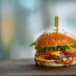 Veste mare pentru iubitorii de fast-food. Se deschide un nou restaurant in Romania!
