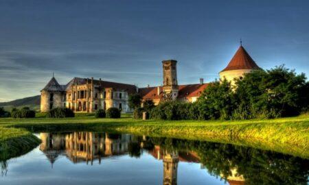 20 septembrie. Ziua Porților Deschise la Castelul Bánffy din Bonțida, cunoscut ca Versailles-ul Transilvaniei