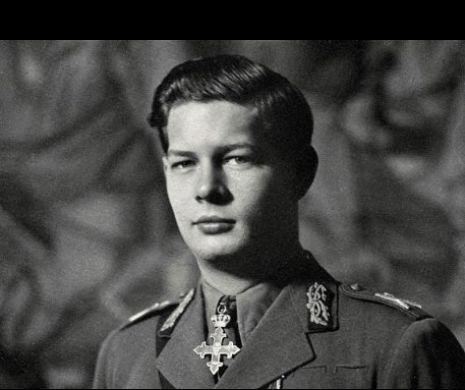 Imagini de colecție din copilăria Regelui Mihai I. Cum arăta copilul cu coroană, ultimul REGE al românilor